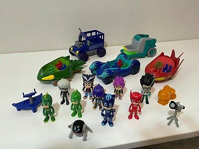 PJ Masks Bundle Vehicles & Figures Masks & Villians • 19£