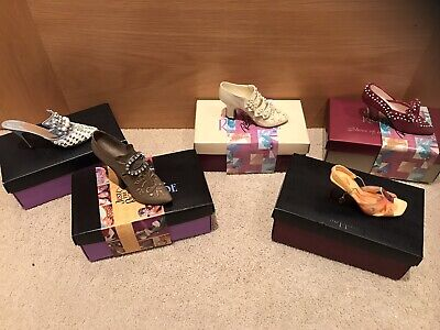 5 Vintage Miniature Shoes From 'Just The Right Shoe' By Raine - Boxed • 25£