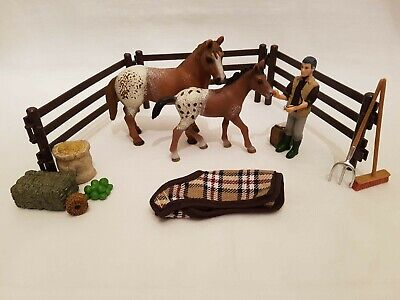 Schleich Appaloosa Horse And Foal Bundle With Vet And Accessories For Stable • 22£