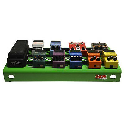 $ CDN150.29 • Buy Gator Cases Large Guitar Effects Stompbox Pedal Board Green Finish + Carry Bag
