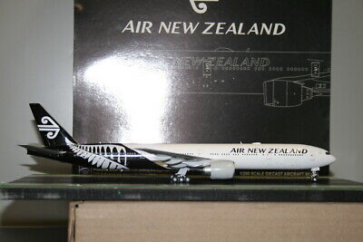 AU198 • Buy JC Wings 1:200 Air New Zealand Boeing 777-300ER ZK-OKS (XX2303) Model Plane