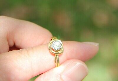 AU750 • Buy Unique Handmade 0.33ct Diamond Solitaire Ring In 18K Yellow Gold