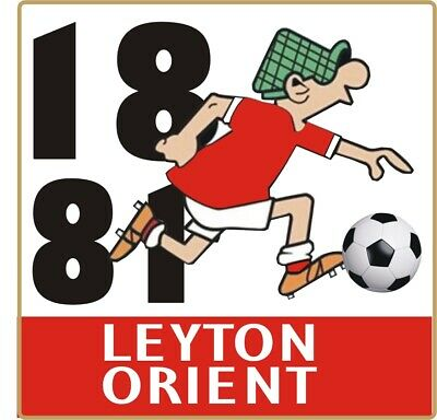 Leyton Orient Andy Capp Pin Badge • 4£