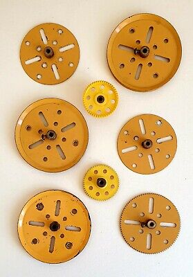 VINTAGE MECCANO  SELECTION OF PULLEYS And GEARS In Good Condition • 4.99£
