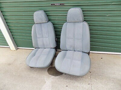 AU26 • Buy Genuine Ford Zl Fairlane Front Bucket Seats