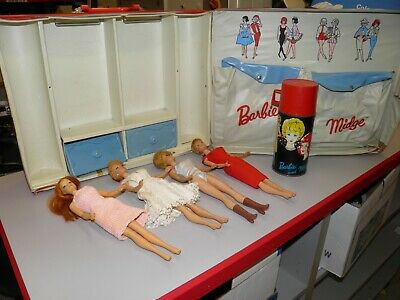 $ CDN41.50 • Buy 4 Vintage Barbie Doll With Large Barbie Midge Case And Thermos + 1962 Black Case