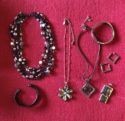 $ CDN17.49 • Buy Lia Sophia 7 Piece Lot Jewelry In Excellent Condition With Boxes