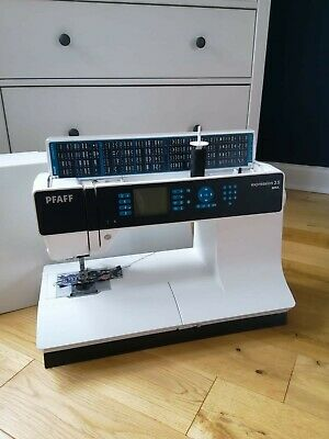 Pfaff Expression 3.5 Sewing Machine RRP: £1,329.00 • 899£