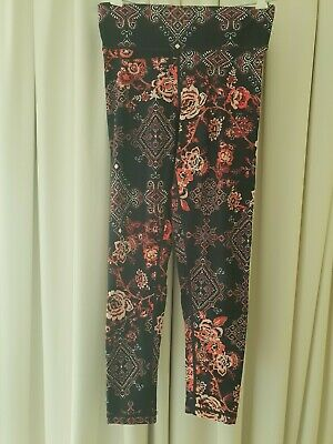AU26 • Buy Dharma Bums Red Floral 7/8 Length Tights - Size M
