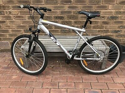 AU150 • Buy Gt Outpost Mountain Bike Great Condition 8 Speed