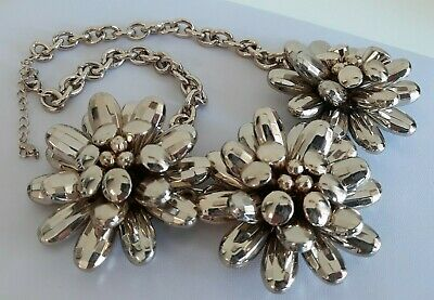 £7.95 • Buy Statement Chunky Retro Style Oasis Large Silver Tone Flower Necklace