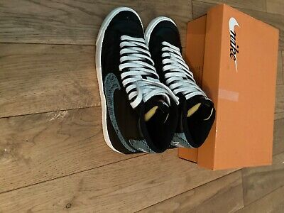 £50 • Buy Nike Blazer Black/blue Size 7 Excellent Condition From Smoke Pet Free Home