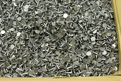 £4.95 • Buy Felt Clout Nails 13mm  Pack Of 200 For Shed Roof, Repair Galvanized Finish