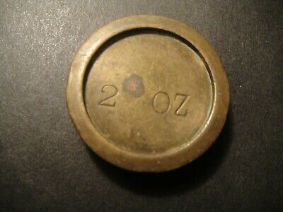 VINTAGE OLD   2oz BRASS SCALES WEIGHT  SWEET SHOPS CHEMISTS POST OFFICE  • 1.55£