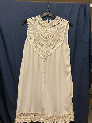 Ladies Tops White L Sheer Lace Light Weight Pretty • 0.99£