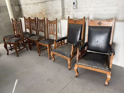 AU500 • Buy  8 Antique Dining Chairs Including 2 Carver Chairs