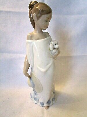 LLADRO/Nao  Together In The Countryside   Beautiful Girl With Her Poodle Puppy • 18£