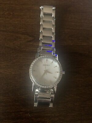 DKNY Ladies Silver Colour Bracelet Watch With Crystal Detail Around Dial • 19.99£