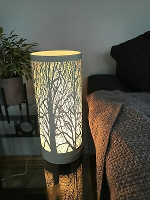White Laser Cut Table Lamp Tree Scene Touch Pad Lamp • 15£