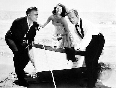 Boat Ava Gardner With Man Movie Actor USA Retro A0 A1 A2 A3 A4 Photo Poster • 7.99£