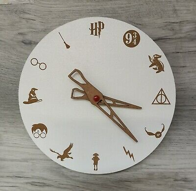 £7.99 • Buy Wooden Wall Mounted Harry Potter Clock