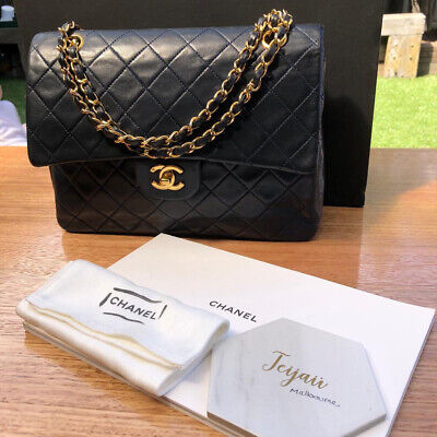 AU4900 • Buy Authentic Vintage Chanel Medium Classic Double Flap GHW In Navy Lambskin Leather