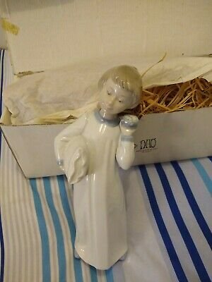 NAO Hand Made In Spain By LLadro Figurine Porcelain Boy With Pillow And Clock • 10.10£