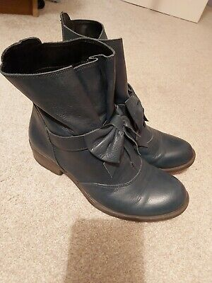 Pavers Ankle Boots Size 5 • 2.80£
