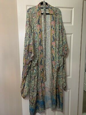AU210 • Buy Spell And The Gypsy Oasis Kimono M/L