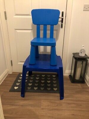 Kids Blue Plastic Table And Chair • 5£