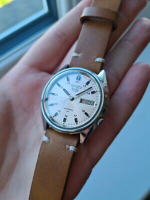 $ CDN56.45 • Buy Vintage 1988 Seiko 5 Automatic Mens Japan Made Watch Day/Date 80s 7009-8150