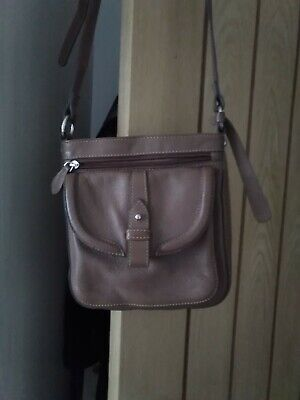 Clarks Tan Leather Bag Cross Shoulder Strap Used A Handful Of Times • 12.50£