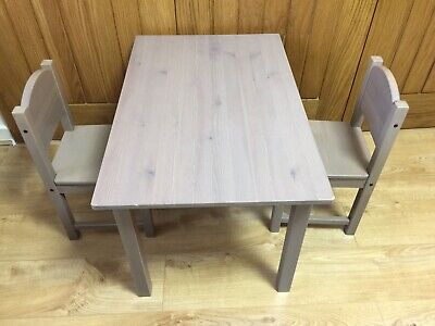 IKEA SUNDVIK Solid Pine Children's Grey Brown Table With 2 Chairs RRP £60 Kids • 55£