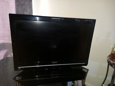 Sharp LCD Colour TV - 32 Inch - Model LC-32D12E - Black Colour - Built In Stand • 45£