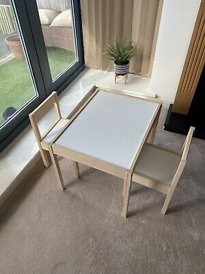 Childrens Play Table • 15£