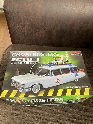 Ghostbusters Ecto 1 1/25 Scale  Model Boxed  Polar Lights • 10£