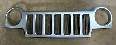 $124.95 • Buy *nice* 02 03 04 Jeep Liberty Grille Trim W/ Insert Silver Original *clean* Oem