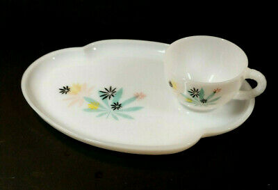 $23.74 • Buy Vintage Federal Milk Glass Atomic Flower Plate With Cup Patio Sandwich Snack Set