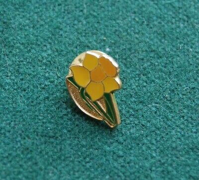 £3.40 • Buy Daffodil Pin Badge - Brooch - Flower - Nature - Spring