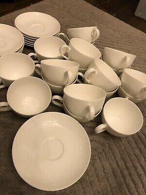 £110 • Buy 18x Villeroy & Boch Small Coffee Or Tea Cups & Saucers White China Anmut Stella