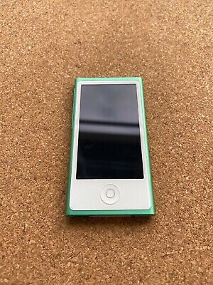 Apple IPod Nano 7th Generation 16GB Green MP3 Player Used - Very Good Condition • 24£