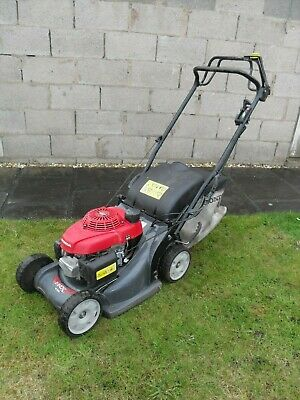 "View Details Honda HRX426C SXEA Self Propelled Petrol  Lawnmower 17"" CUT  Mower  2016 • 425.00£"