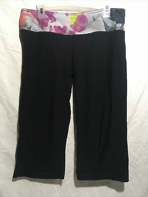 $ CDN34.21 • Buy Lululemon Cropped Capri Size 12 Worn Preowned Black Reversible Purple Shorts