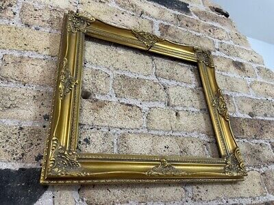 £28 • Buy Vintage Rococo Baroque Gold Gilt & Gesso Detail Picture Frame Medium - Small