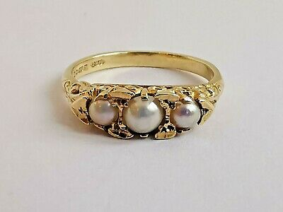 £138 • Buy 9ct 375 Yellow GOLD THREE-STONE PEARL RING Cabochon White Gems Scroll Mount 2.7g