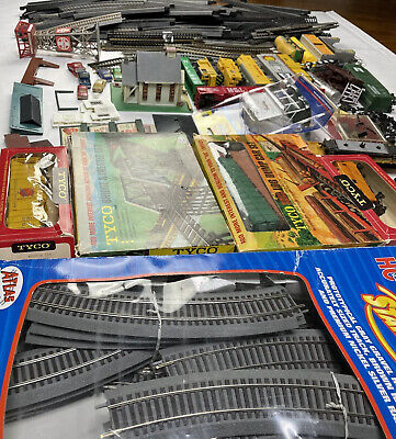 $ CDN27.30 • Buy Tyco Atlas Ho Scale Train Lot Freight Caboose Engine Set Bridge Untested