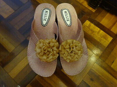 £4.99 • Buy Millie Pale Pink Toe Post Flip Flop Shoes Size 4 Brand New