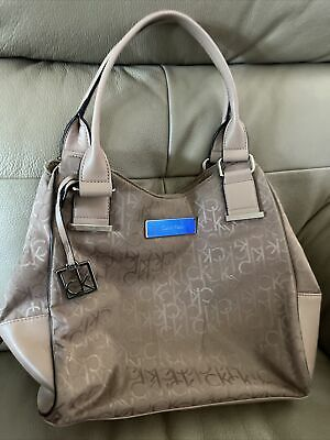 £10 • Buy Ladies Calvin Klein Bag