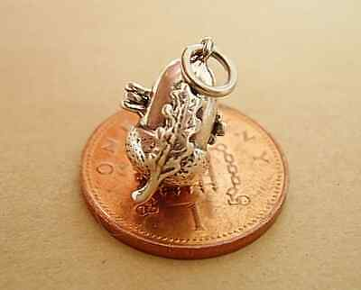 £10.99 • Buy Beautiful Sterling Silver 3D ACORN  Charm ,.Opens To A Squirrel.