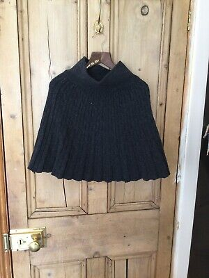 £10 • Buy Ladies Grey Cable Knit Skirt Size 8 Worn Once